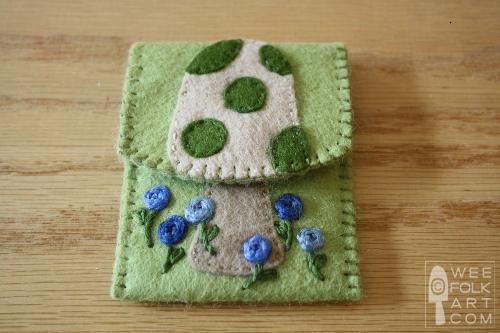 mushroom card case
