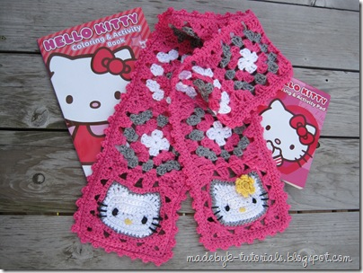 Free Amigurumi crochet patterns: Hello Kitty Keyring