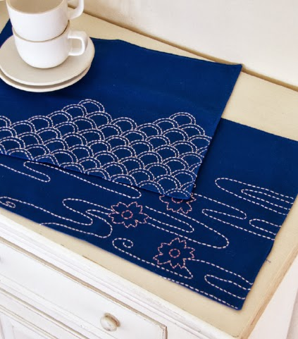 running stitch table mats