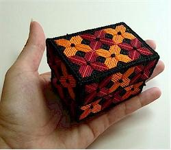 caja bordada con tela magica