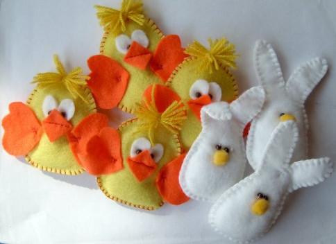 Coniglietto in feltro per la pasqua arte del ricamo - Lettere stampabili del coniglietto di pasqua ...