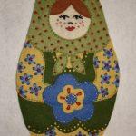 Istruzioni per Fare una Bambola Babushka in Feltro