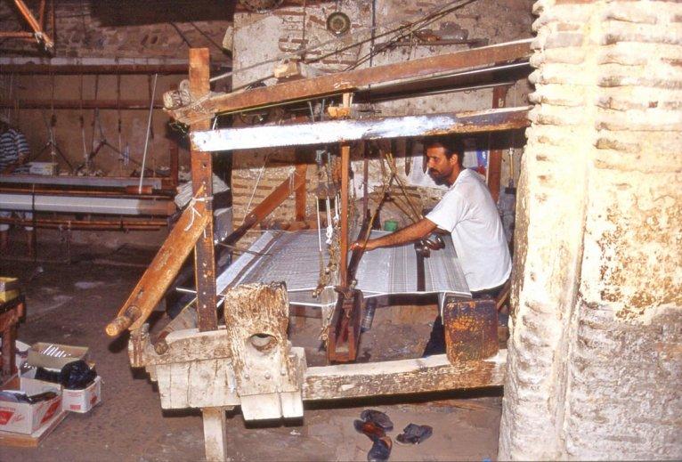 marocco_fez_laboratorio_tessile2