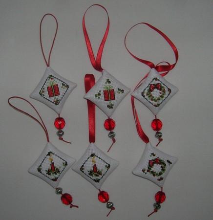 Decorazioni natalizie in feltro per albero di natale - Decorazioni natalizie in feltro ...
