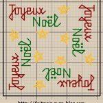 Quadrati a Punto Croce con Decorazioni Natalizie