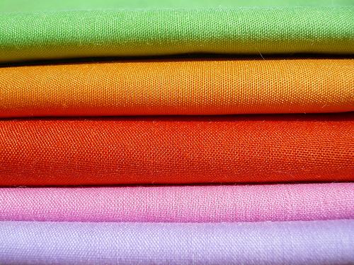 Come lavare e stirare una tovaglia da tavola ricamata - Stoffe per tovaglie da tavola ...