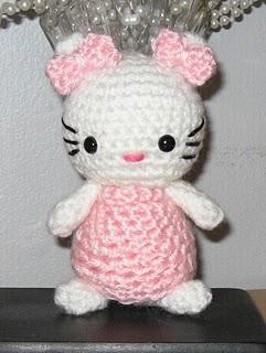 Creare Amigurumi Hello Kitty Alluncinetto Arte Del Ricamo
