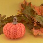 Come Creare una Zucca di Halloween all'Uncinetto