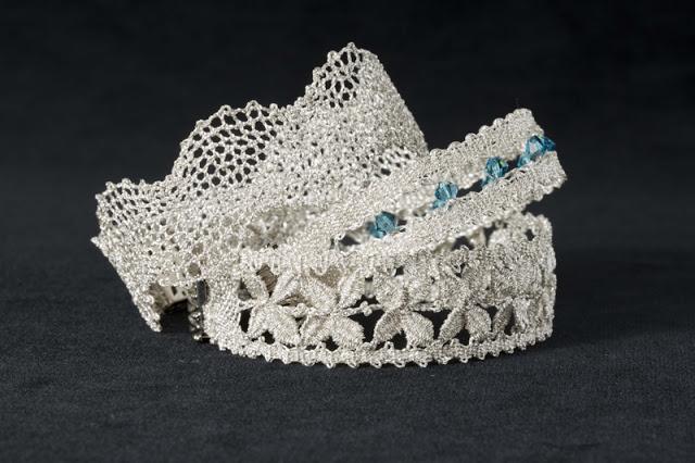 Dmc kit diamant per realizzare preziosi gioielli arte for Merletti a uncinetto schemi