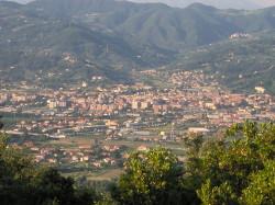 800px-Sarzana_-_Panorama_(da_Monte_Caprione)