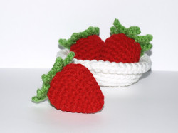 Bowl of Strawberries - 706