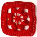 Motivi all'Uncinetto – Quadrato con Fiore
