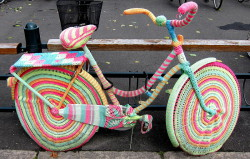 Yarn_bombing_bici