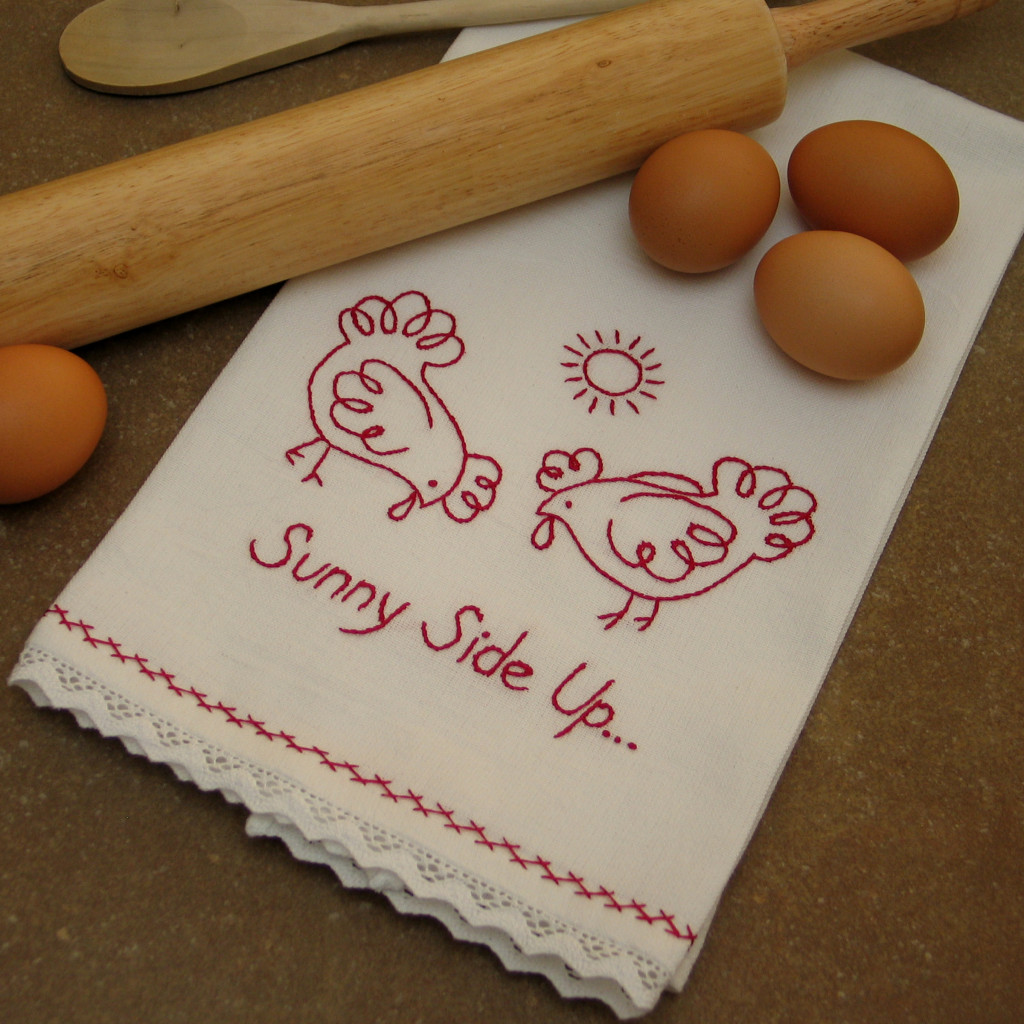 strofinaccio con galline da ricamare