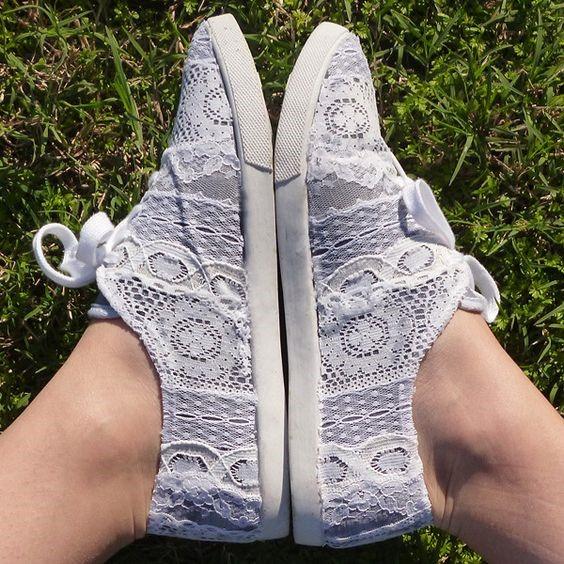 decorare scarpe con merletti